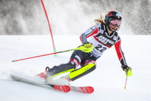 alpine skiing womens race