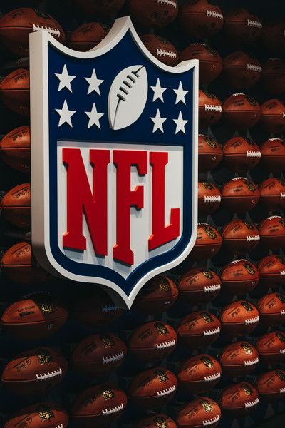 american football nfl sign