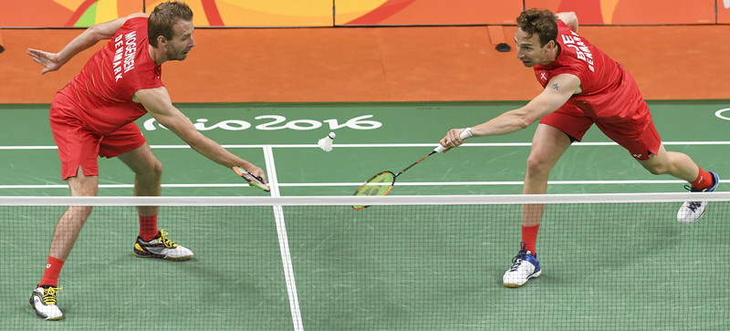 badminton mens doubles team playing