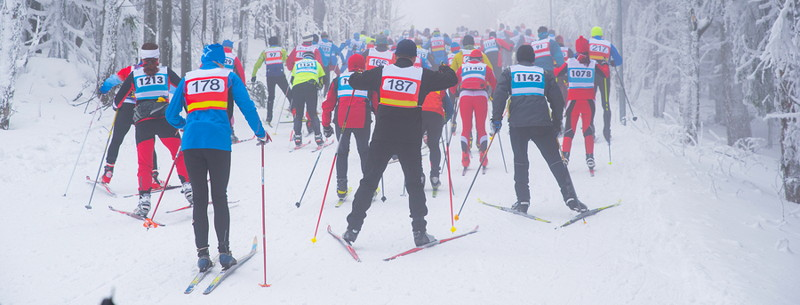cross-country skiing race
