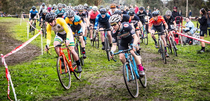 cyclo-cross race begins