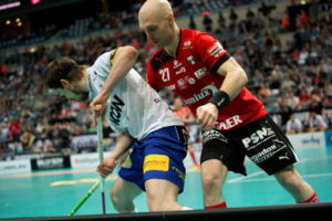 floorball tackle