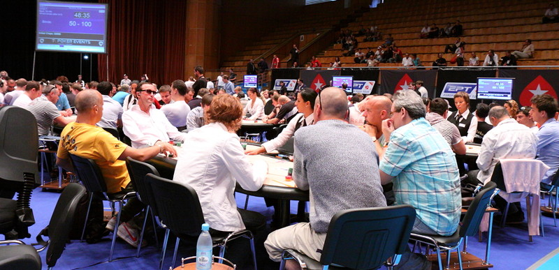 live poker tour event