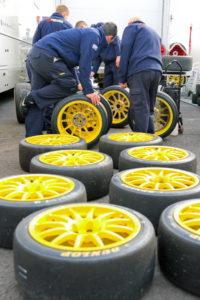 touring car tyres and mechanics
